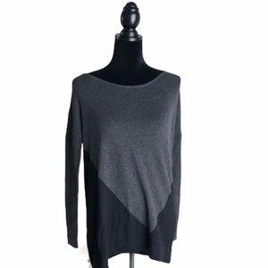 5/$25 41 Hawthorn Sweater sz M